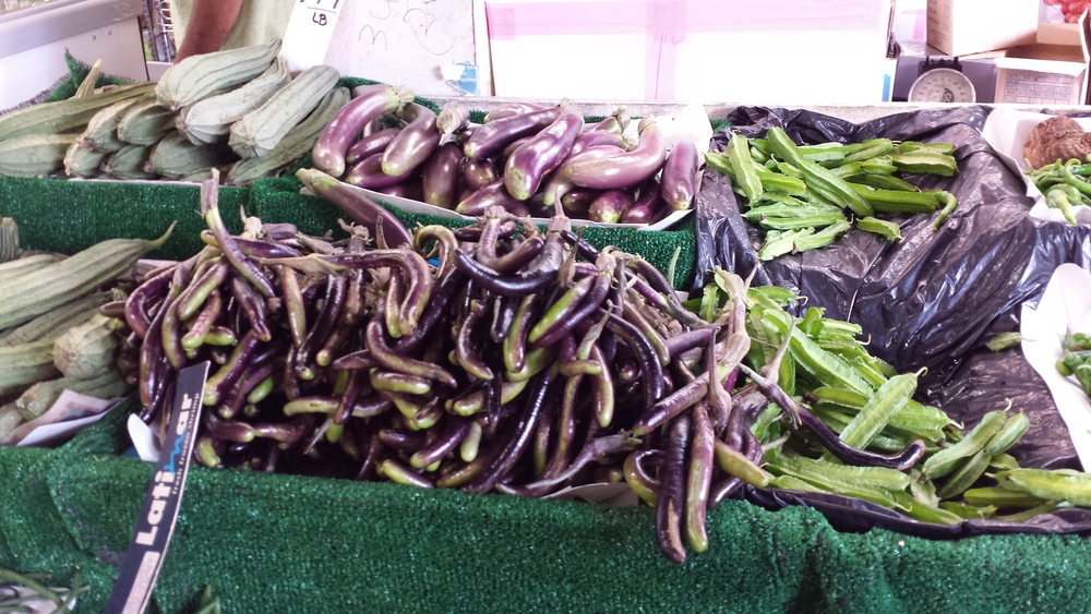 BABY EGGPLANTS-GREAT FOR POACHING OR STIRFRIES.jpg