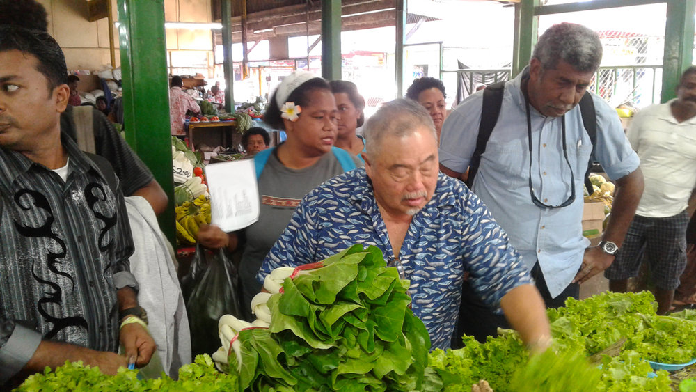 Colin shows the Chefs how to select the best local produce
