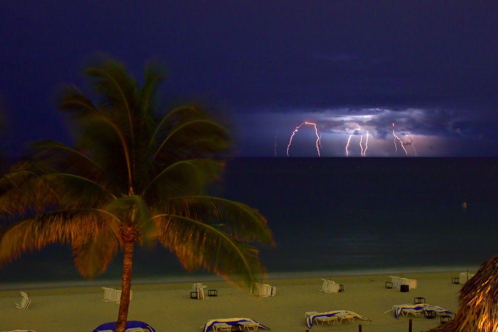 beach storm.jpg