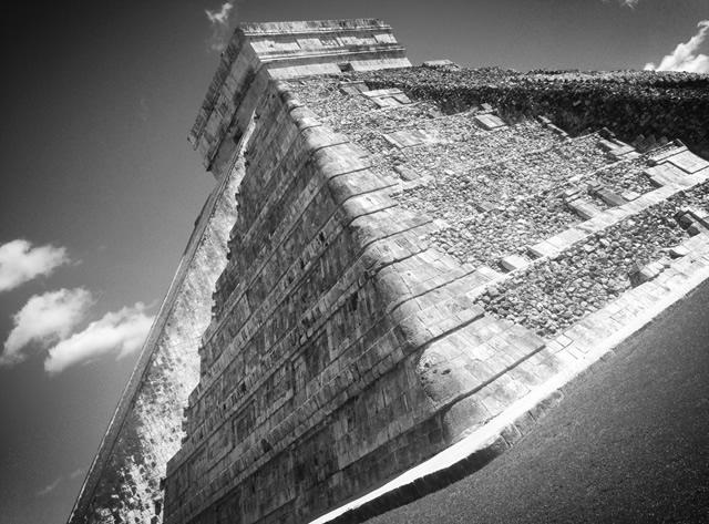 El Castillo , Chichén Itzá / Yucatán, Mexico  (2015)
