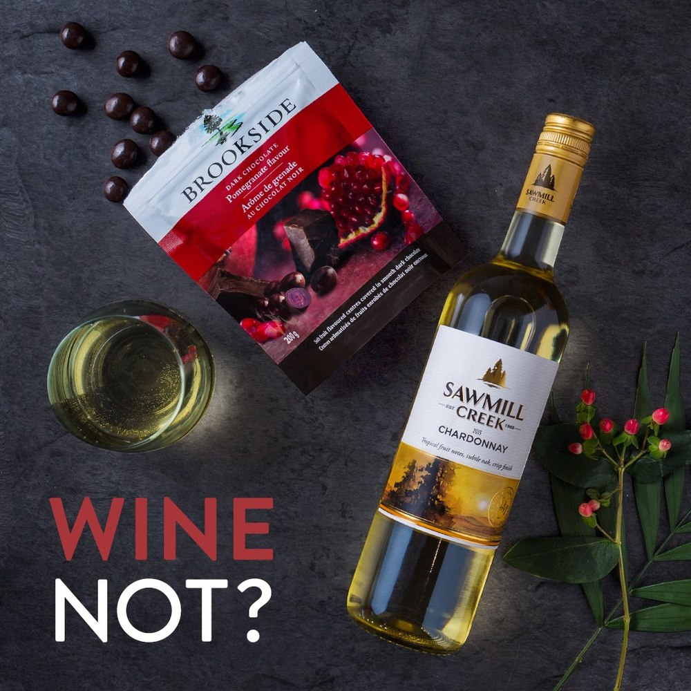 Sawmill Creek Chardonnay + Pomegranate Brookside Pouch How do you bring out the tropical fruity notes and crisp finish of a Sawmill Creek Chardonnay? Simple. Pair it with pomegranate Brookside dark chocolate and take your tastebuds on a delicious journey.