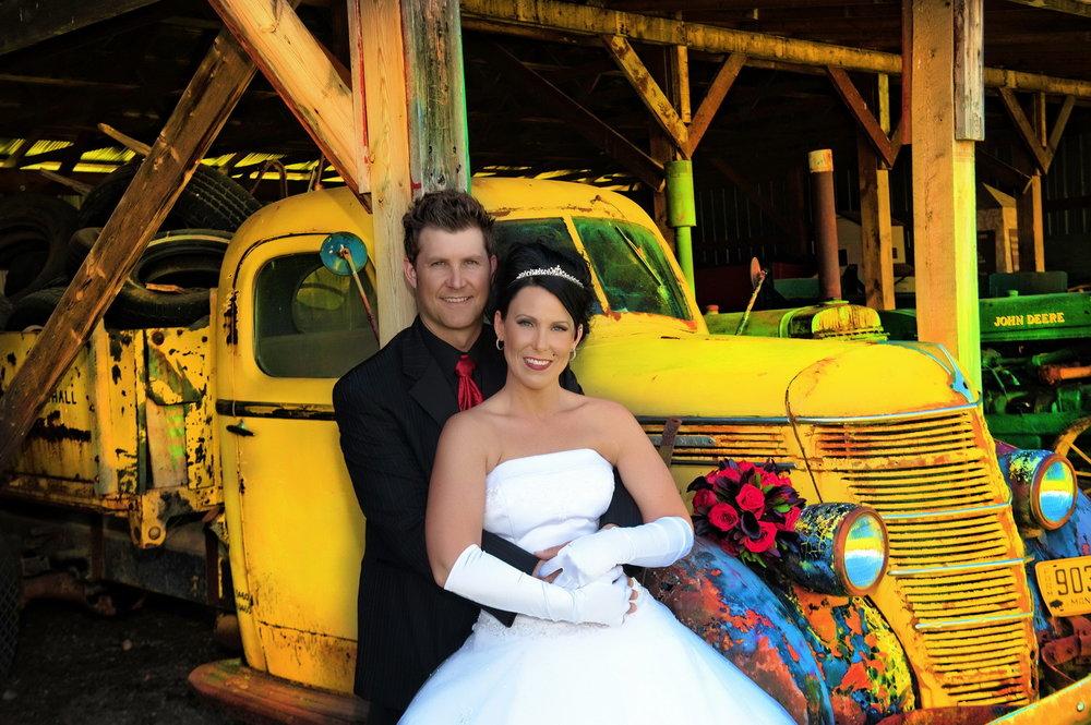 winnipeg wedding photographers-05.jpg