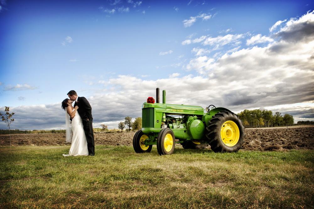 winnipeg wedding photographers-097.jpg