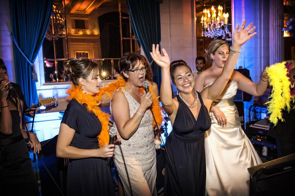 winnipeg wedding photographers-110.jpg