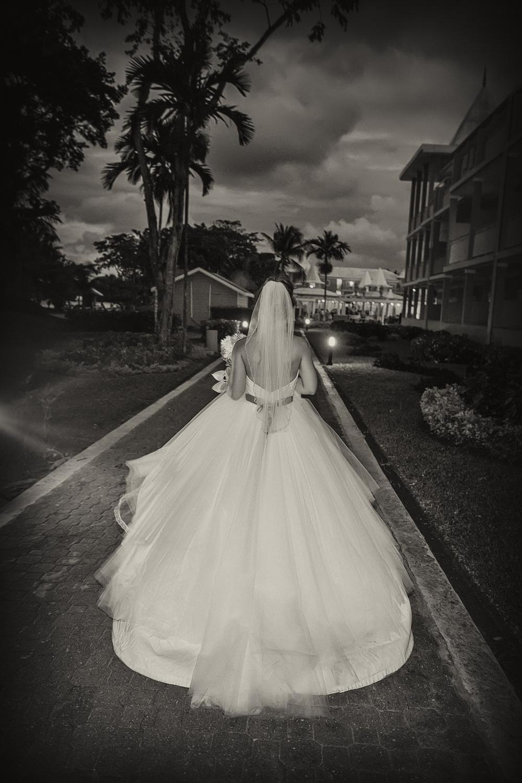 destinationweddingphotography-07.jpg