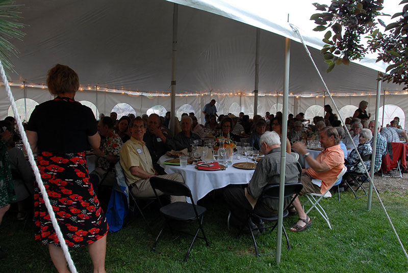 Addrien Marx addresses Blackfoot Dinner Guests