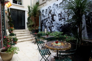 Studio 28, 10 Rue Tholoze, 75018 Paris