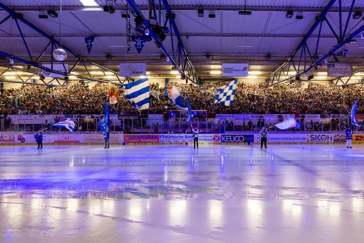 Die Eissporthalle am Seilersee, vor dem Spiel gegen die Hamburg Freezers