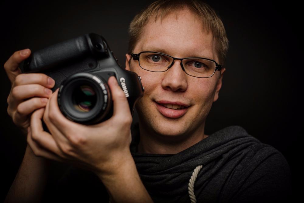 Selbstportrait im björn alberts Photography Studio (c) Björn Alberts