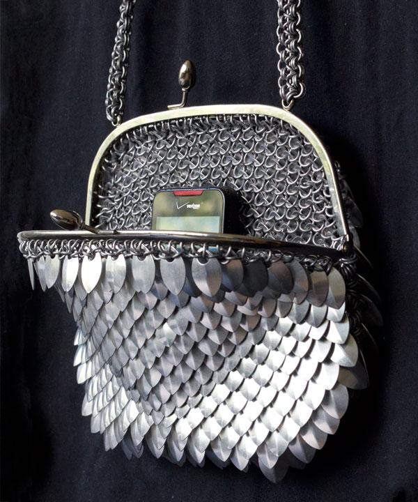 Calendar Artistic : Chainmail purse scales — inksplot studios