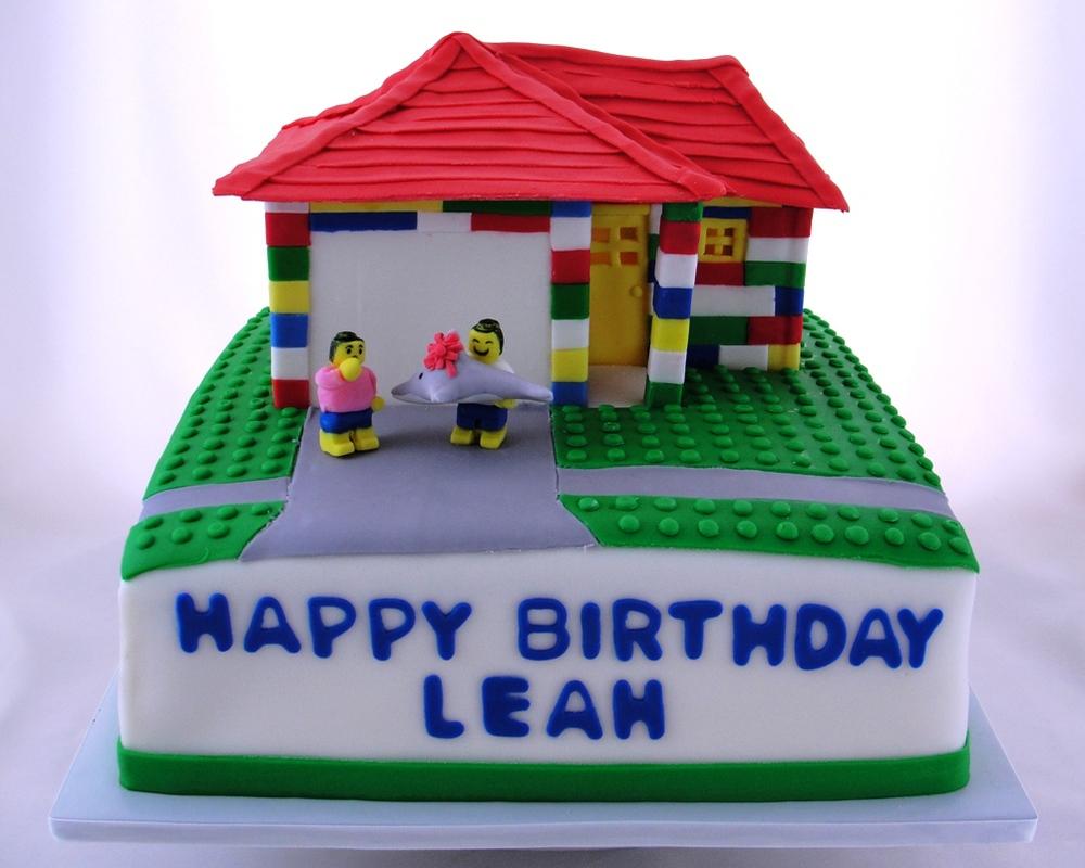 LBC 1316 - Lego House Cake.jpg