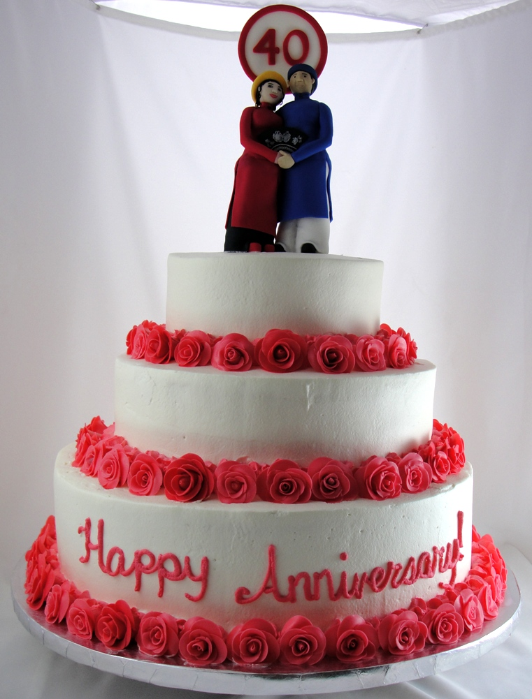 LBC 1313 - 40th Anniversary Cake.jpg