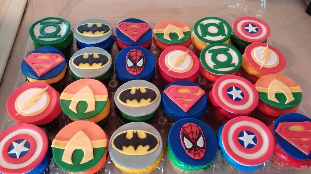 LBC 1402 - Superhero Cupcakes.jpg
