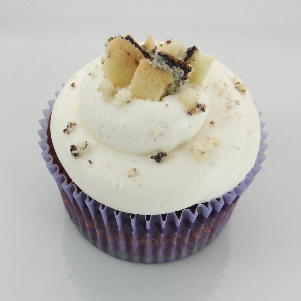 Milano Delight Cupcake.jpg