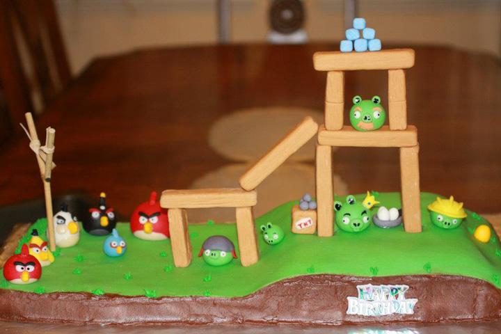 Angry Birds Cake.jpg