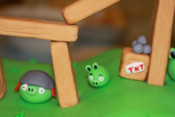 Angry Birds 16.jpg