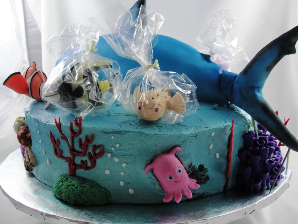LBC 13B Finding Nemo Cake 4.jpg