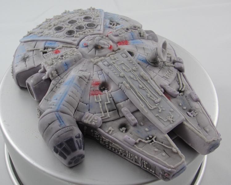 LBC 13A Star Wars Millenium Falcon 1.jpg