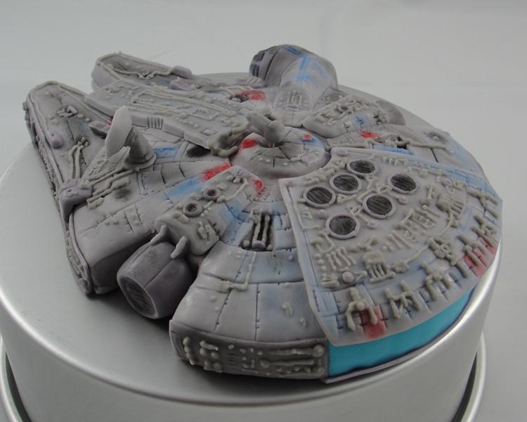 LBC 13A Star Wars Millenium Falcon 4.jpg