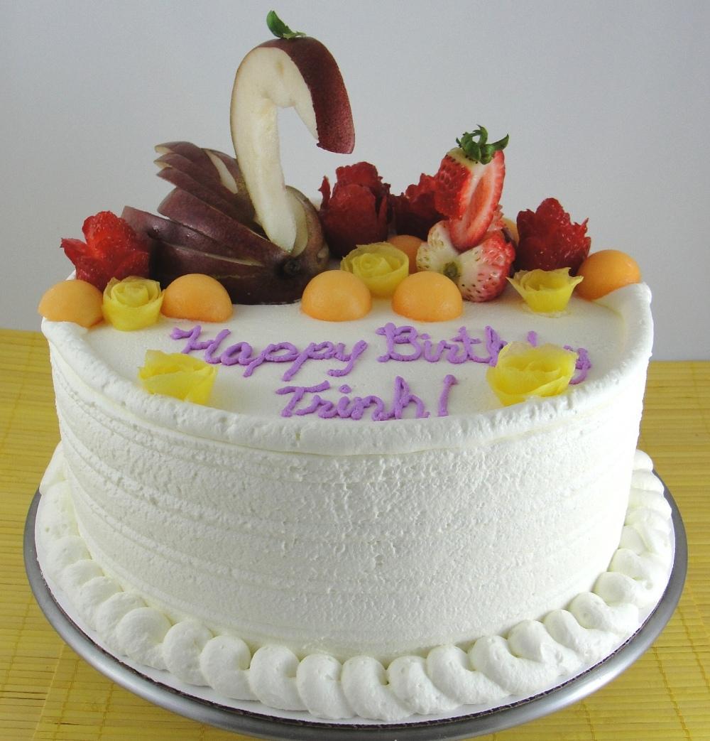LBC 13O - Swan Fruit Cake.jpg