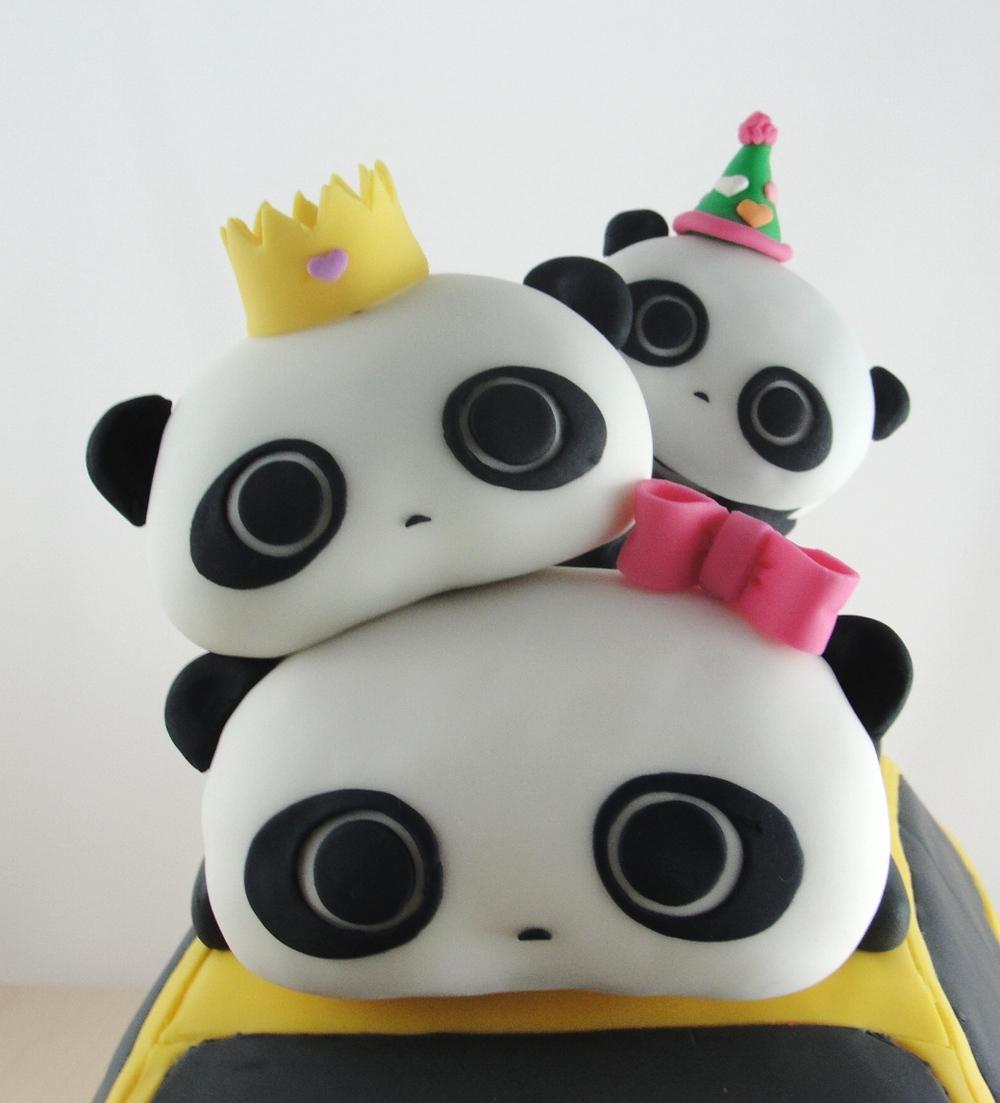LBC 13P - BMW Pandas - Pandas.jpg