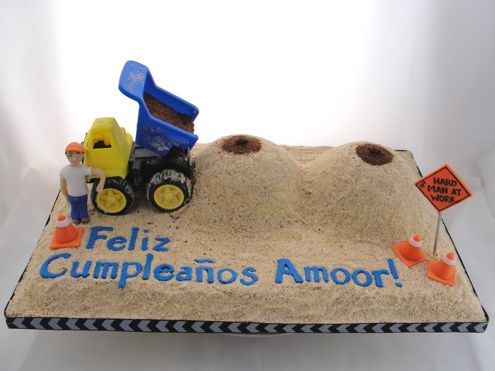 LBC 1320 - Dump Truck Boobs Cake 1.jpg