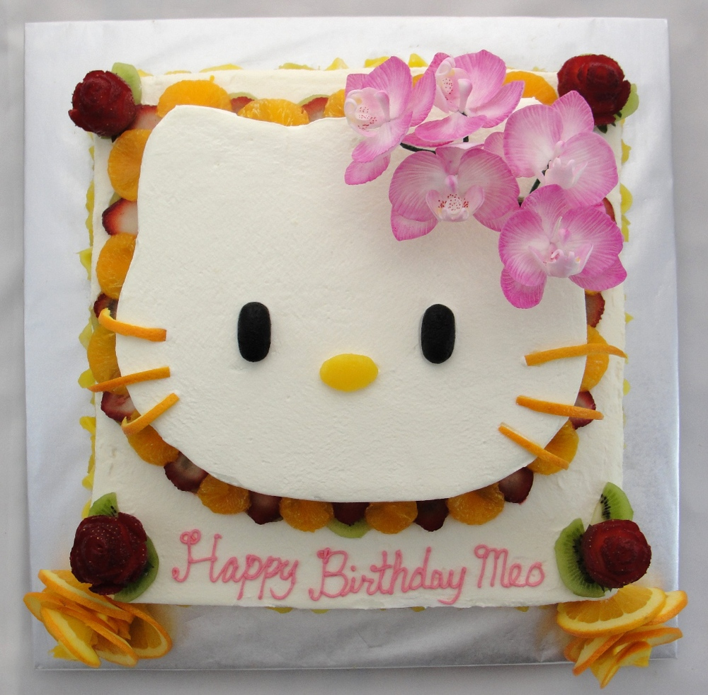 LBC 1421 - Hello Kitty Orchid Fruit Cake.jpg