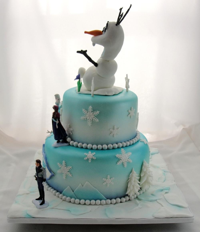 LBC 1420 - Disney's Frozen Cake 2.jpg