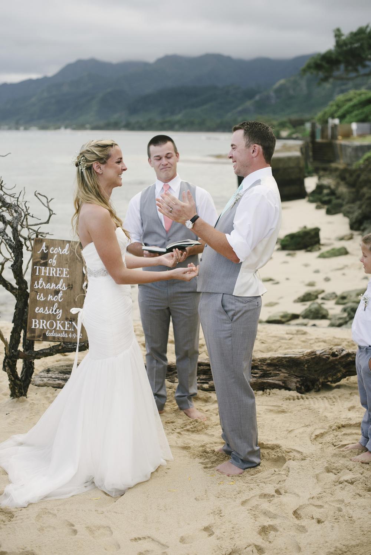 north shore oahu wedding photographer a36.jpg
