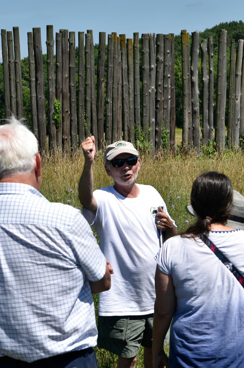 Bob Birmingham leading a tour.   Photo courtesy of Kristine Kust