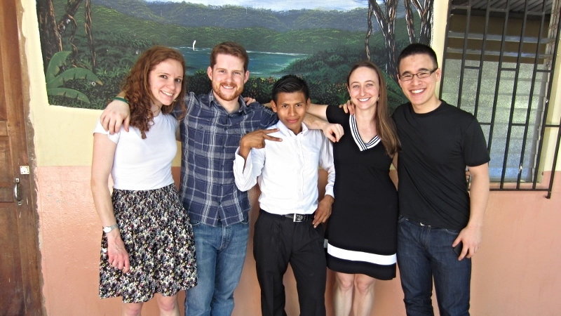 Graduating Few for Change scholar Aquilino with board members Katie Clay, Brooks Winner, Ariadne Prior-Grosch, and Tim Soo at the 2014 Entrega Ceremony.