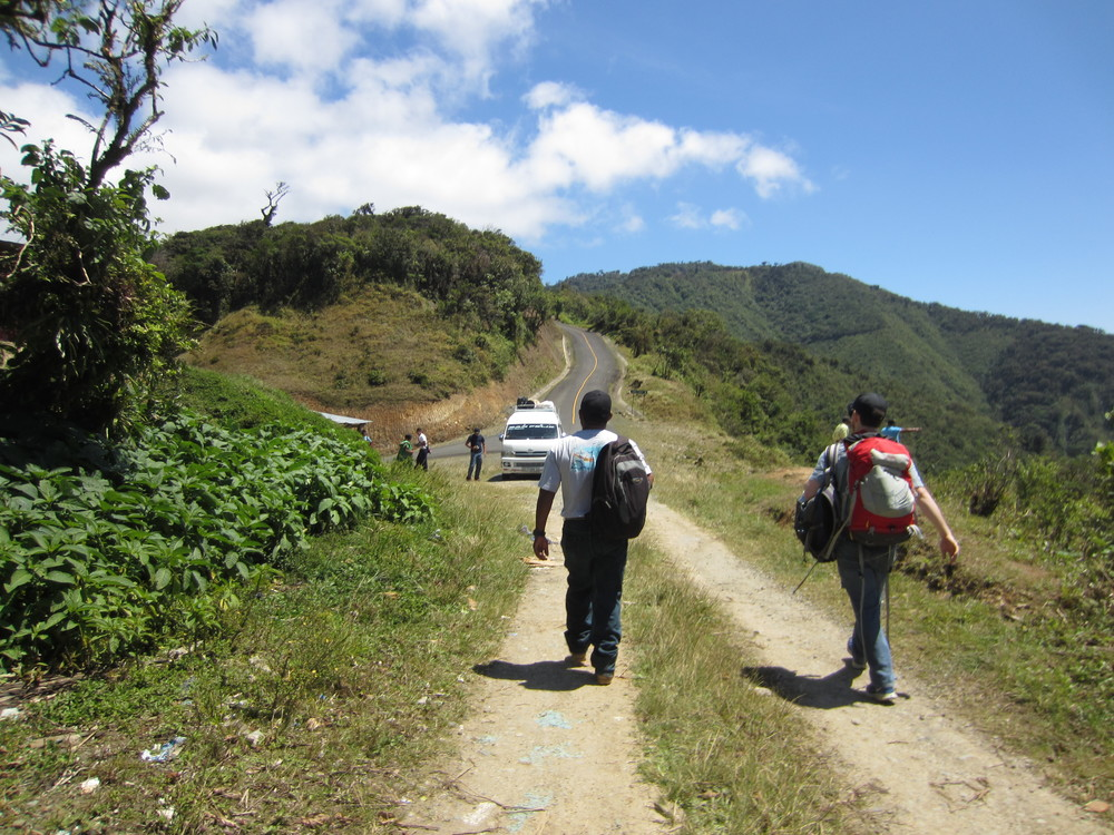 Meeting up with the paved road and transportation back to Guabo.