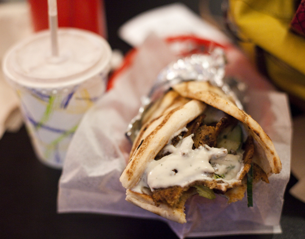 Vegan Gyro @ Foodswings + Vegan Cookies & Cream Banging Milkshake