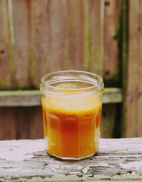 Carrot-Apple Juice   3 Carrots   1 Apple