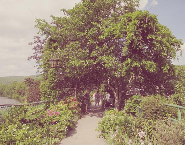Bridge of Flowers, NH