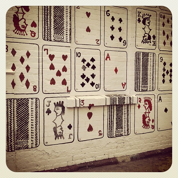 Card wall, west village (Pris avec instagram)