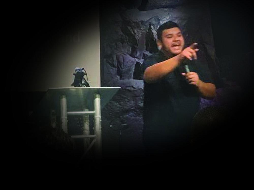 Pastor Erick.jpg