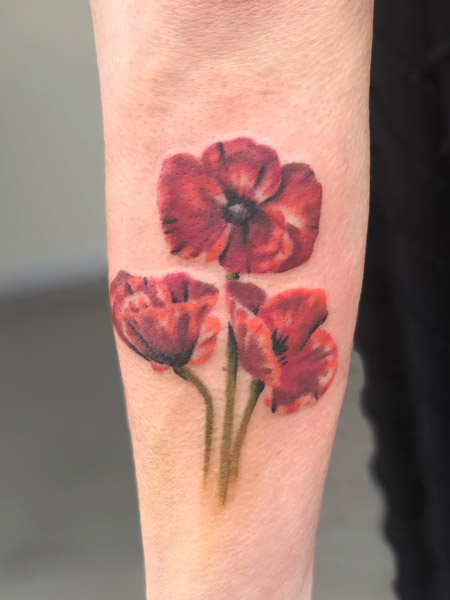 erinnleach.redflowers.nooutlines.tattoo.jpg