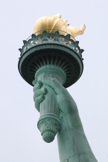 freedom torch.jpg