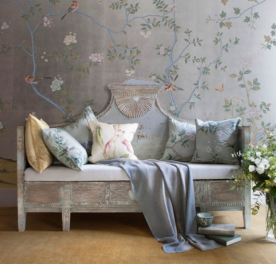 De Gournay Chinoiserie Wallpaper Badmington / Photographed by Dan Marshall