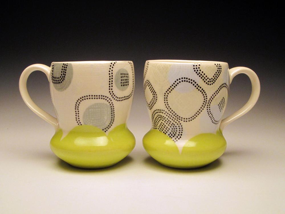 host mugs 1 72.jpg