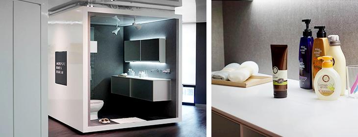 아모레퍼시픽 브랜드&디자인 랩이 있는 12층 공간에 40평대 아파트의 욕실의 평균치에 해당하는 인테리어를 재현한 대형 큐브를 설치하고 욕실에 두고 사용하는 아모레퍼시픽의 모든 제품을 테스트하고 있습니다. (Amorepacific Brand & Design Lab has created a large cube with the interior of an average-sized bathroom in a 40-py apartment home on our space. Here, we test all Amorepacific products for the bathroom.)