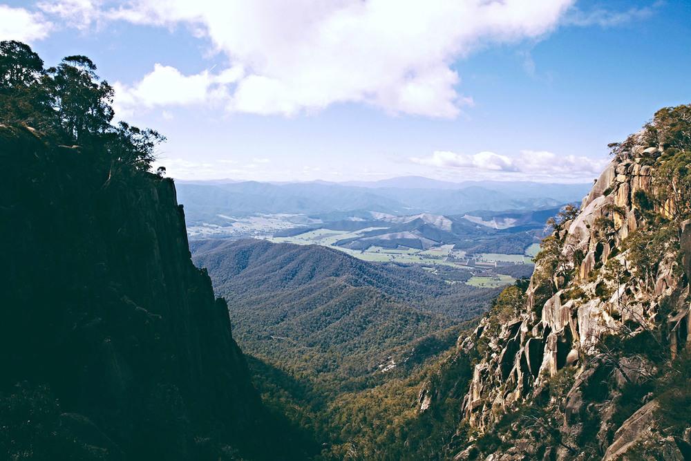 victoria-australia-cliffs-stuart-michael.jpg