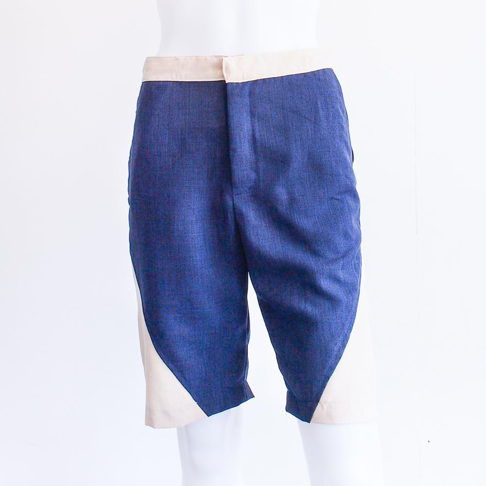 Cortos – Flat-front shorts (Sand/Navy)