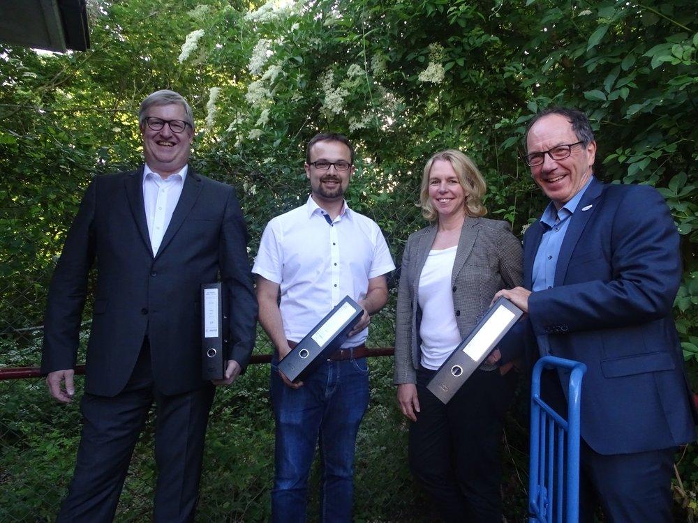 Auf dem Foto von links nach rechts: Wolfgang Heinrich, Benedikt Blanz, Dr. Heike Kaster-Meurer und Klaus-Dieter Dreesbach