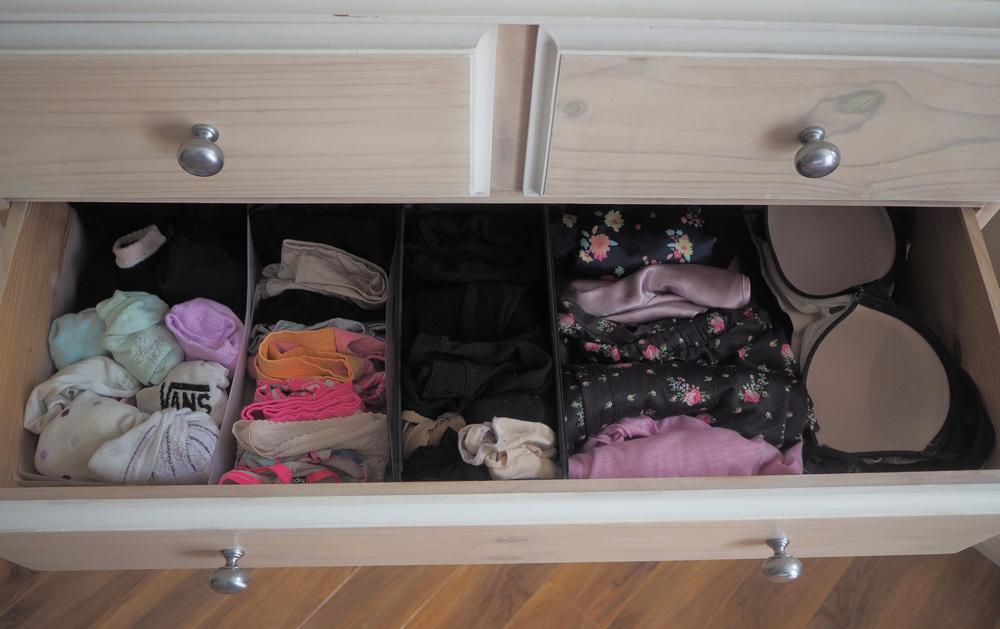 organising lingerie
