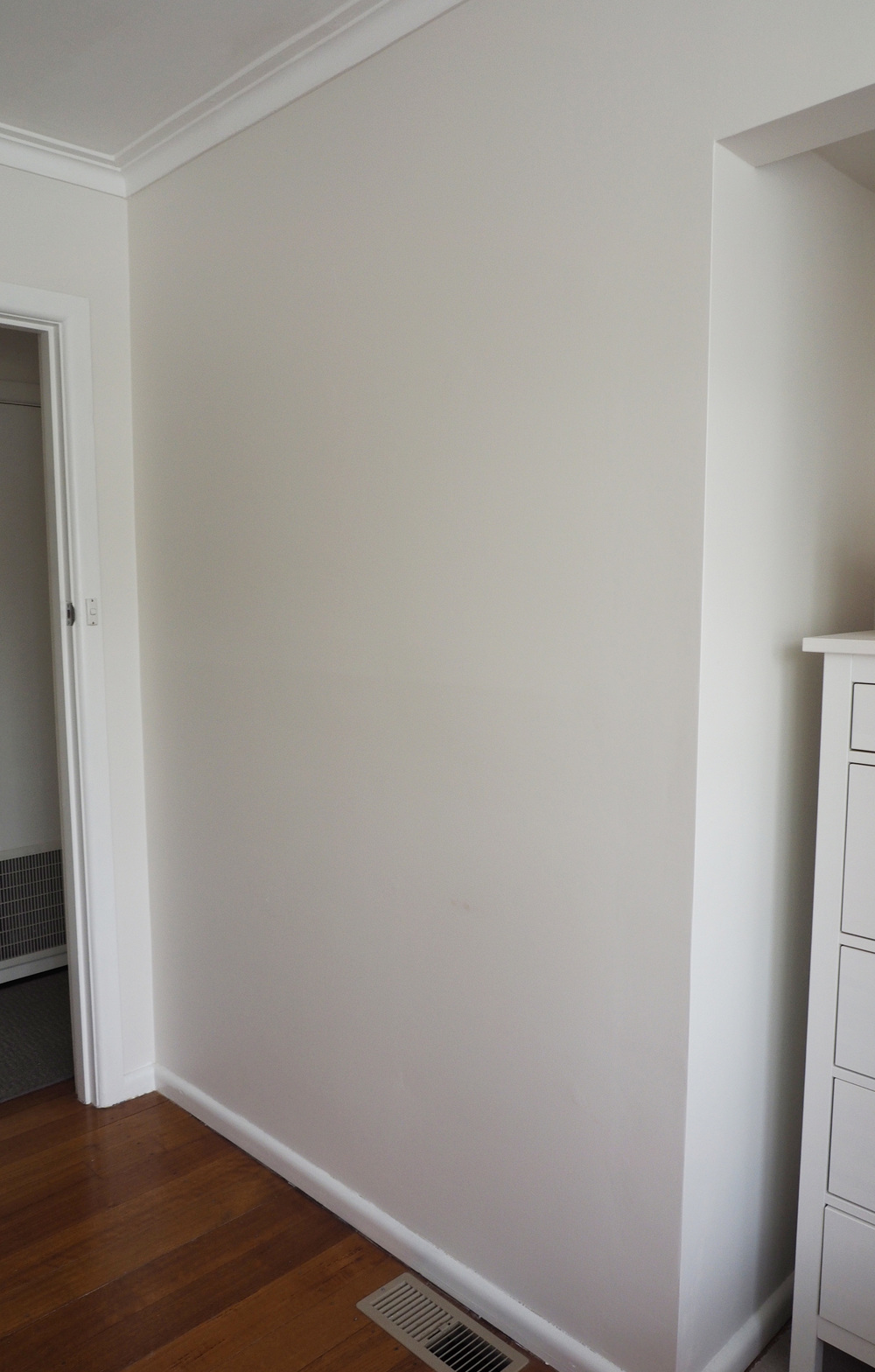 blank wall for an artwork display