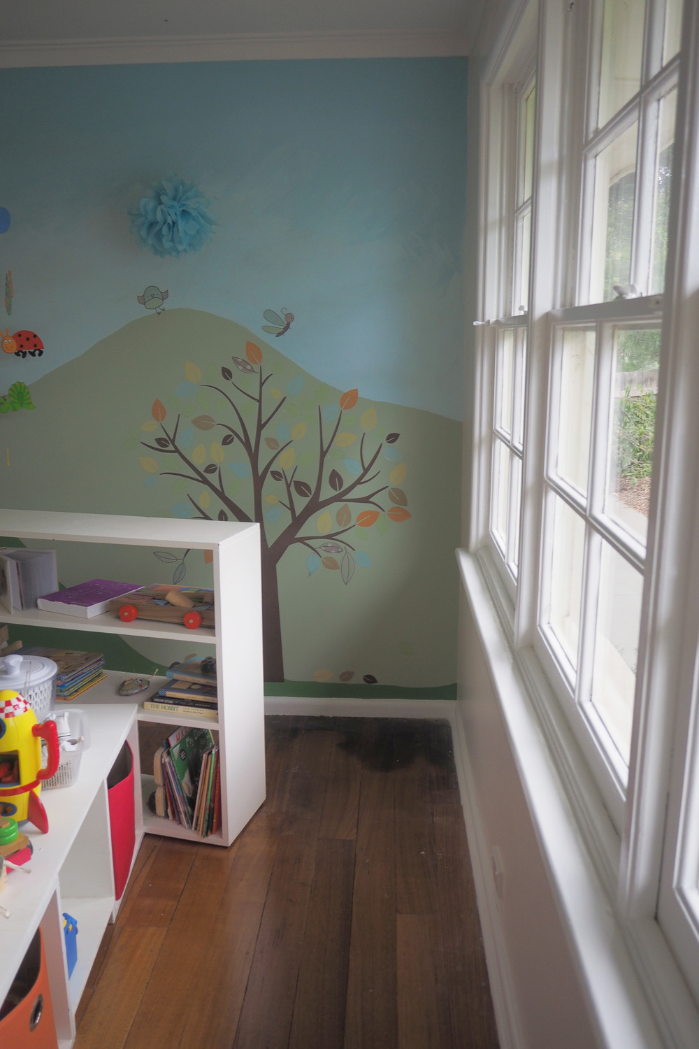 Painting windows in our son's bedroom makeover - The Organised You