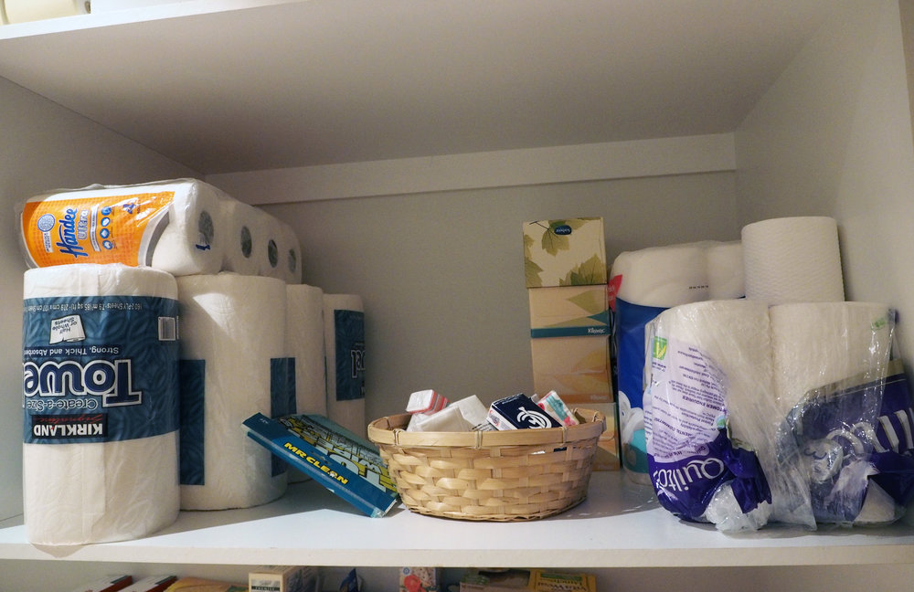How to organise your pantry - group like categories together to make everything easy to find {The Organised You}