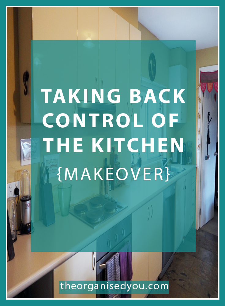 Taking Back Control of the Kitchen {Makeover} - ever felt stressed, frustrated or anxious when you spend time in your kitchen? A goo dmakeover is all about creating zones that make the prep and cooking process more efficient! Click through to see the full kitchen makeover